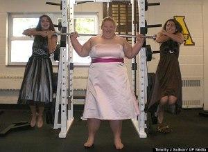 girl-lifting